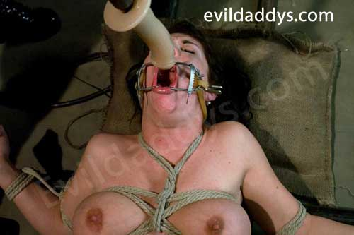A Slave Bondage Girl Getting Her Mouth Fucked